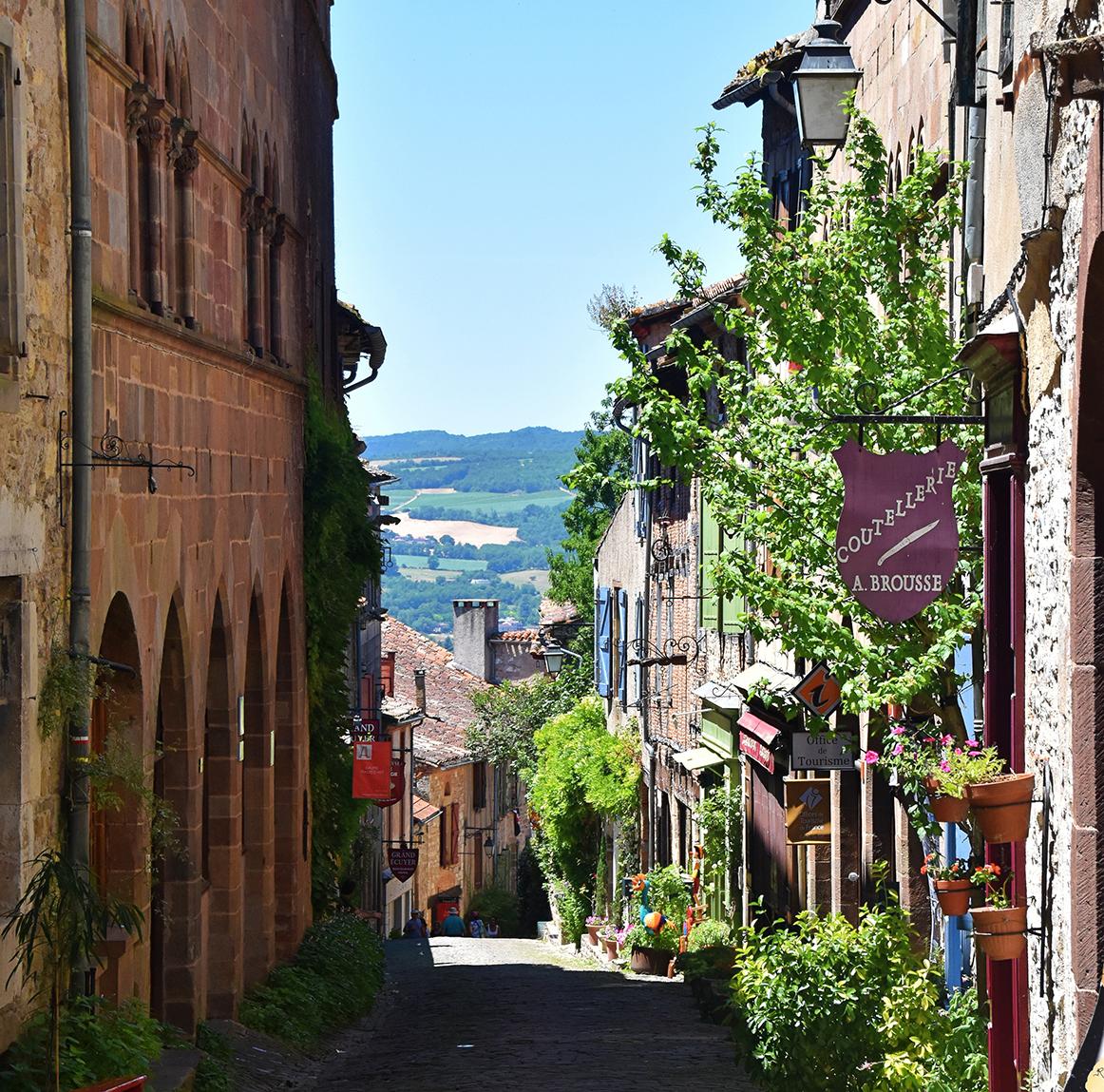 Тур во Францию Париж и краски Прованса