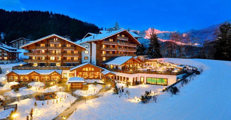 Специальное предложение от отеля Chalet Royalp Hotel & Spa 5* на курорте Вилар